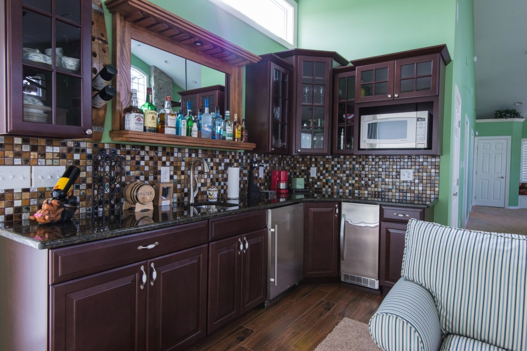 October Glory Great Room Addition in Bear Trap Dunes, Ocean View DE with Granite Countertop and Tiles Backsplash