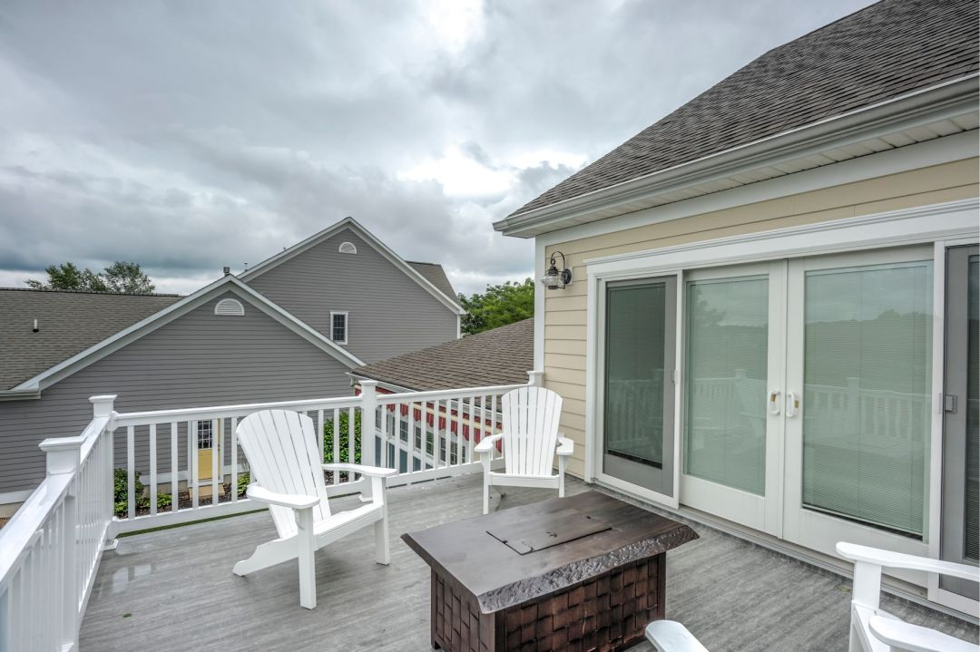 New Addition in October Glory, Ocean View DE - Deck with Large Sliding Glass Doors