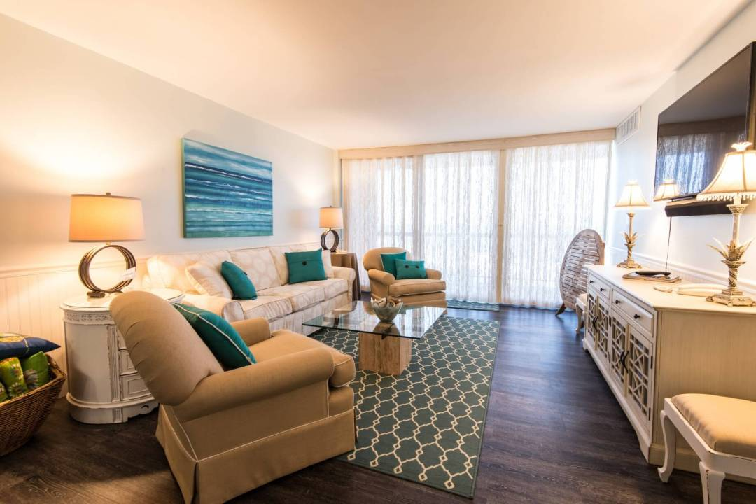 Sea Colony Condo Renovation Vol.2 Bethany Beach, DE with Large Sofa, Sea Painting and Cozy Atmosphere