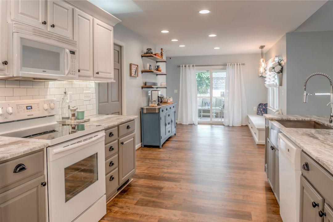 Kitchen Remodel in Velta Drive, Ocean View DE with CoreTec Pro Plus Duxbury Oak Flooring