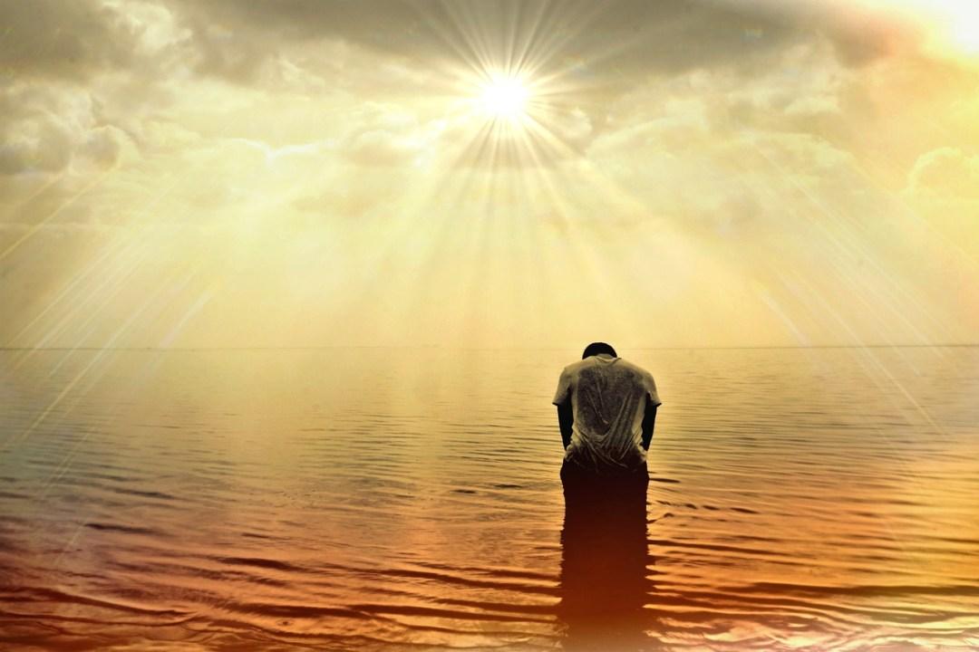 Seaman Memories. Praying