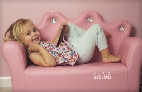 pink kids couch toy with crown and rhinestones