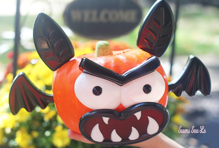 Easy Pumpkin Decorating for Kids and Toddlers Bat Kit