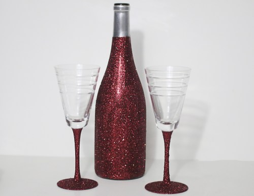 DIY Glittered Wine Bottle and Glasses Tutorial