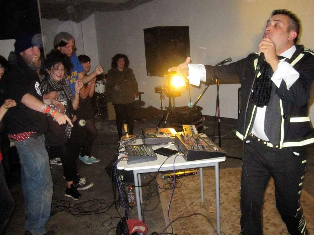 Photos: Dicso Bunny, Amir Coyle, Soloing Over Alanis Morissette, more