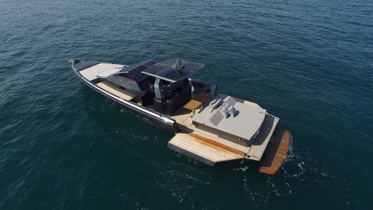 SEANFINITY T4 the augmented boat