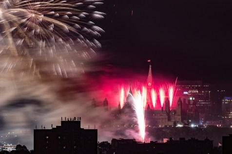 canada-day-fireworks-ottawa-parliament-canada150-2017-sean-costello-8717
