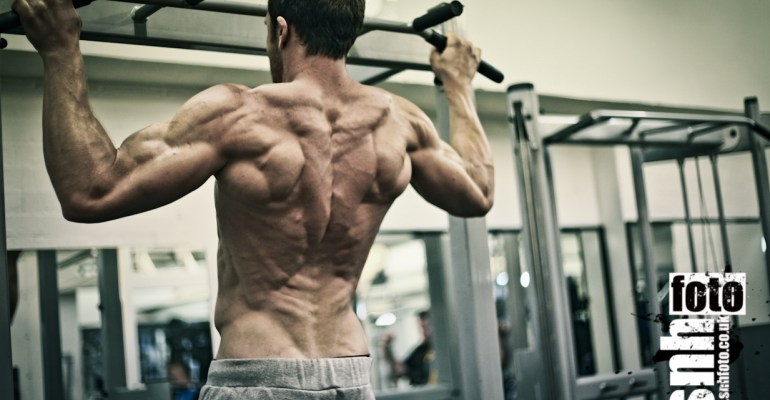 movement-patterns-pull-up-calisthenics-gymnastic-gym-ripped-shredded-christmas-tree