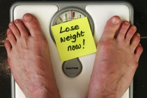 fatloss-weightloss-seanlerwill-scales-postit-note-yellow-feet-scale-fat-loss-weight