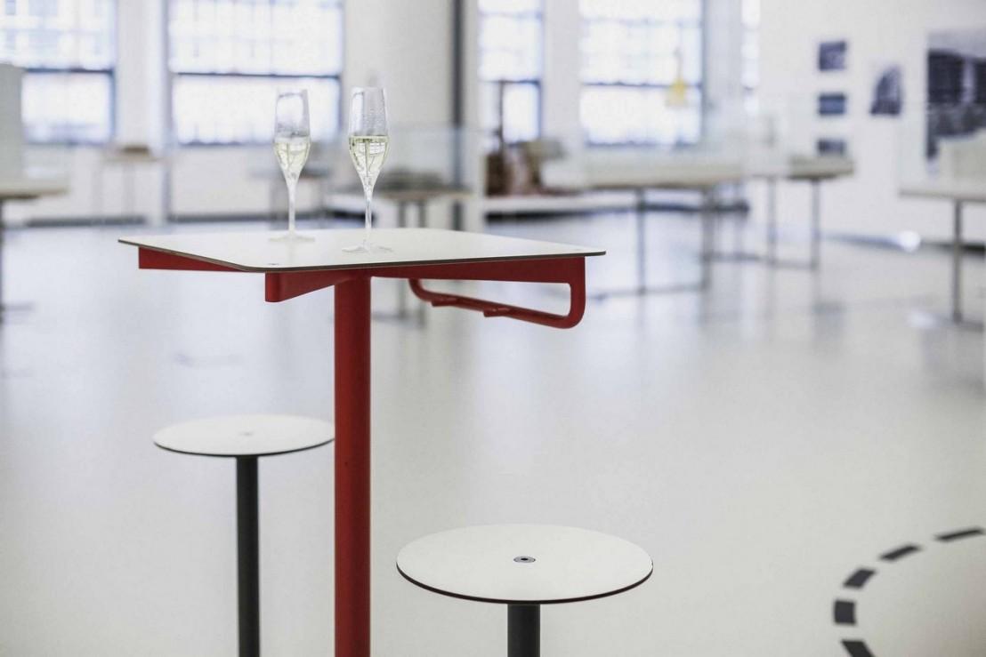 Ensemble De Bar Extrieur Table De Bar Et 2 Tabourets