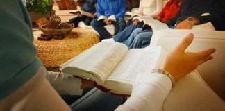 O que é viver de acordo com o evangelho de Jesus?