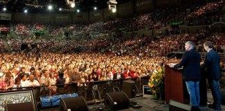 Mais de 4 mil pessoas entregam suas vidas a Jesus, durante o Festival de Esperança, em Fortaleza