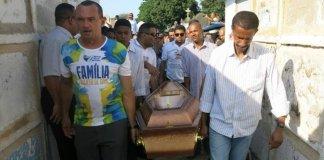 Pastor é assassinado após ser confundido com um PM no RJ
