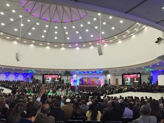 Plenárias impactantes e workshops marcam segundo dia da Conferência Mundial Pentecostal