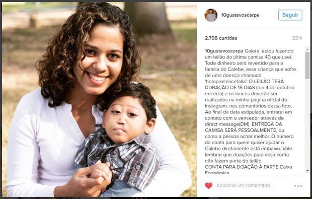 Calebe no colo da mãe, Daniele Nogueira (Foto: Reprodução Internet)