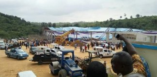 Teto de igreja desaba e mata ao menos 160 na Nigéria