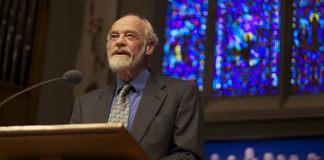 Eugene Peterson muda de posição sobre casamento homossexual