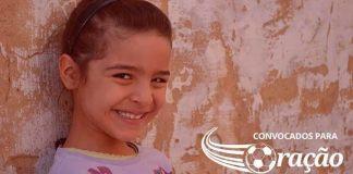 Menina cristã enfrenta bullying em escola da Tunísia