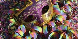 Carnaval x Investimento Público
