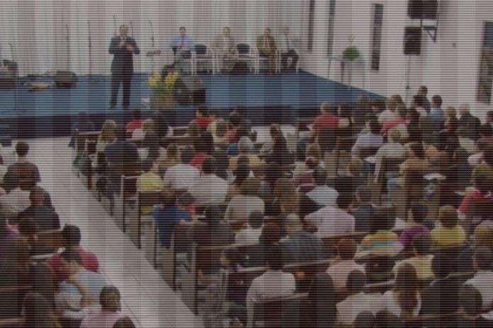 igreja-evangelica-culto