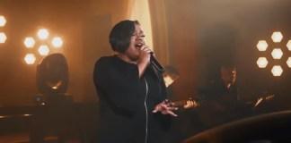 """""""Que Venha o Céu"""" é o novo single acústico de Jéssica Augusto"""