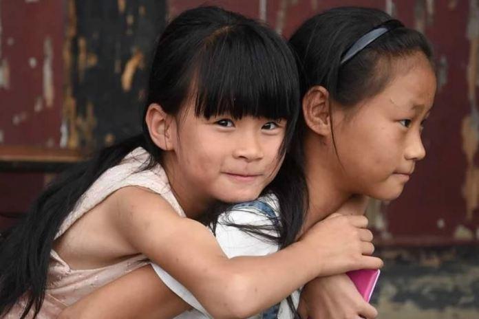 Chineses são proibidos de se tornem cristãos antes dos 18 anos