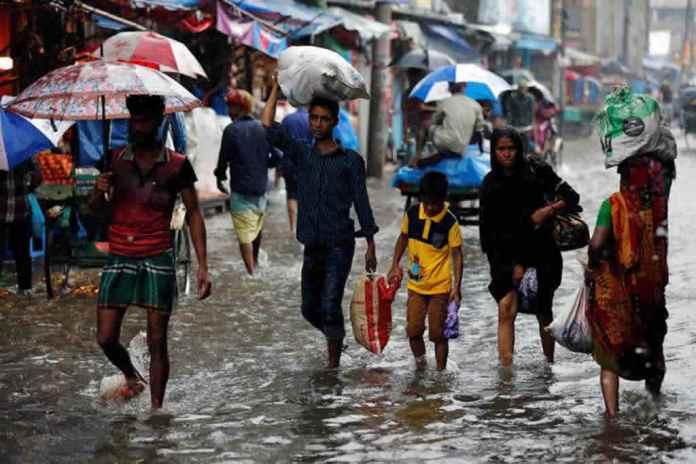 Milhares de famílias são impactas por temporada de monções