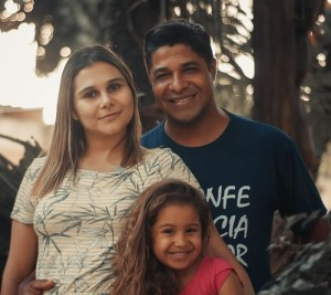 Pastor Davi Pereira e família