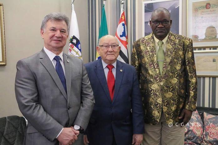 Presidente da CGADB recebe visita do líder da Convenção das Assembleias de Deus na Angola