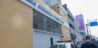 Justiça suspende decreto do presidente que incluiu igrejas como 'serviços essenciais'