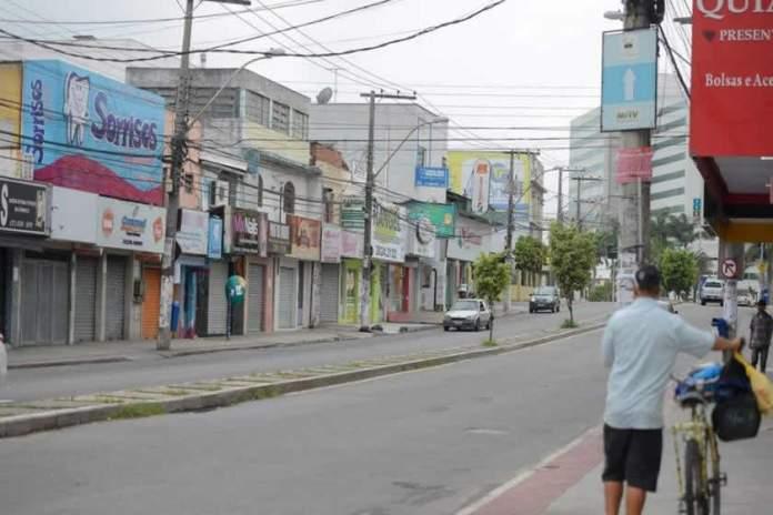 Comércio volta a funcionar em 72 municípios do Espírito Santo, em horário especial e com regras