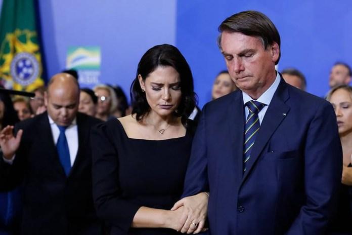 Presidente Jair Bolsonaro convocou um dia de oração e jejum pelo Brasil