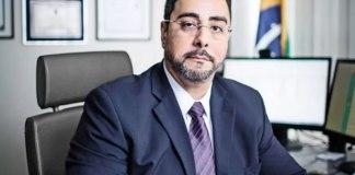 "Juiz federal Marcelo Bretas escreveu: ""Oro para que Deus abençoe nosso Brasil"""