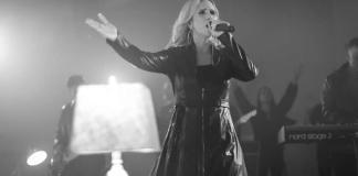"""Karen Prado lança single """"Santo"""", um hino de adoração e exaltação a Deus"""