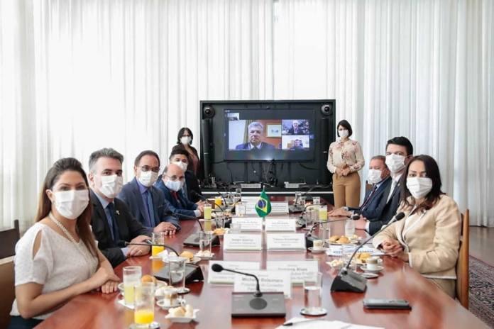 Projeto 'Brasil Acolhedor', liderado por Michelle Bolsonaro, recebe apoio da CGADB