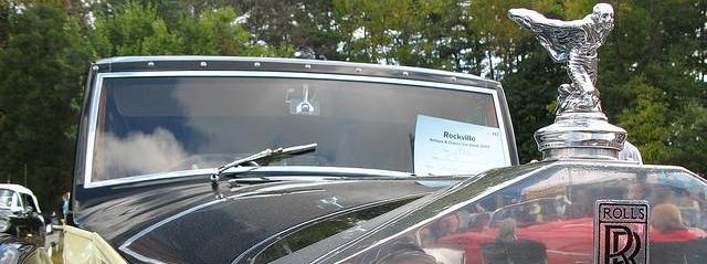 rolls royce car & emblem