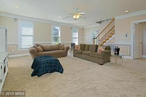 LO8596400 - Second Family Room