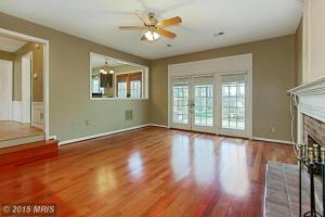 PW8603714 - Living Room