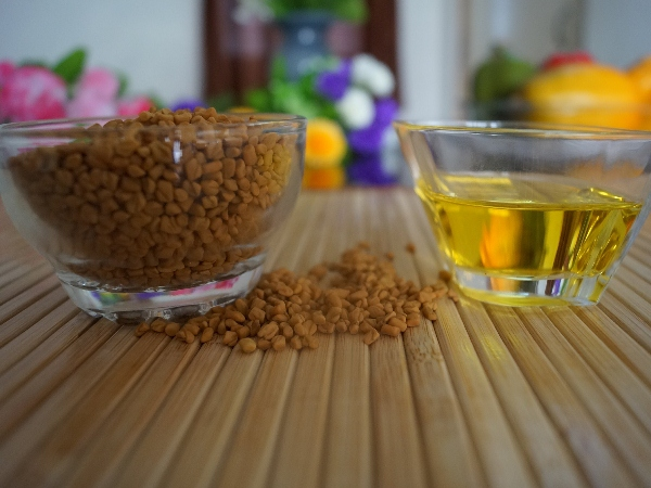 Fenugreek Seed And Coconut Oil