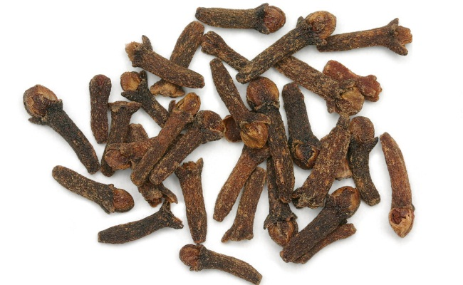 Clove And Camphor