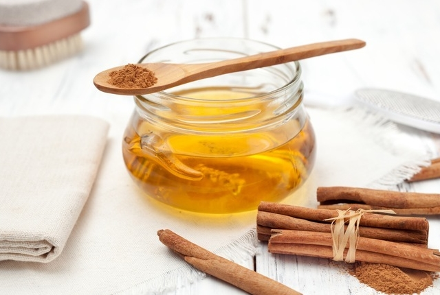 Honey & Cinnamon Mask