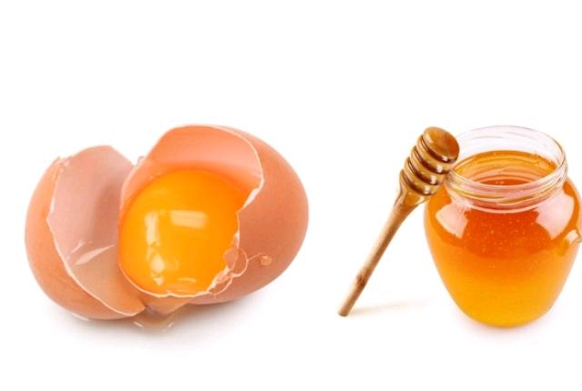 https://i1.wp.com/www.searchherbalremedy.com/wp-content/uploads/2017/03/egg-yolk-and-honey.jpg
