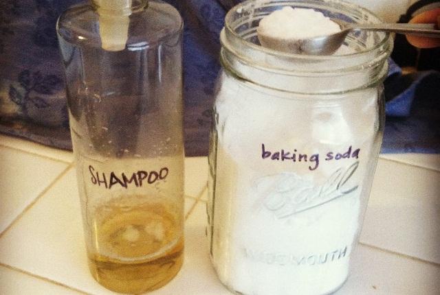 Baking Soda Shampoo