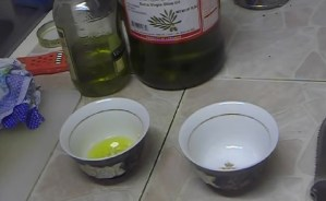 Easy Home Remedy With Garlic Oil To Grow Hair Faster