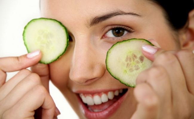 Use Of Cucumber Slices