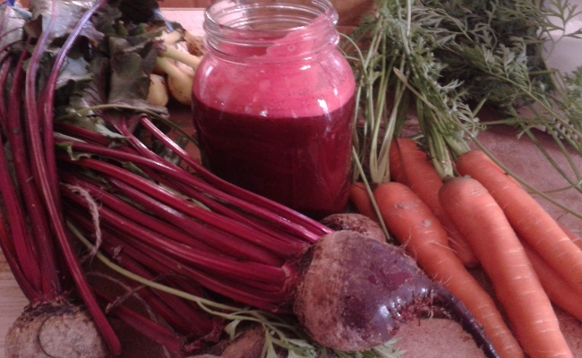Beet, Tomato And Carrot Juice