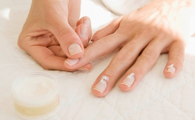 Regular Oil Massage in your nail