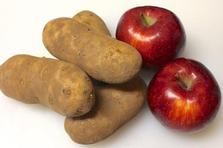 apple-and-potato-eye-mask