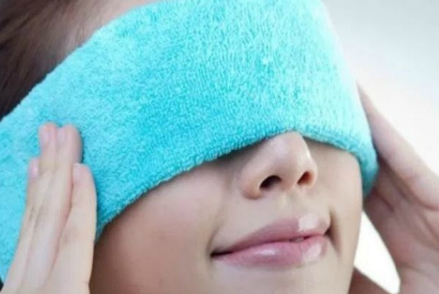 Cleanse The Eyelids With Warm Wash Cloth Using Mild Soap