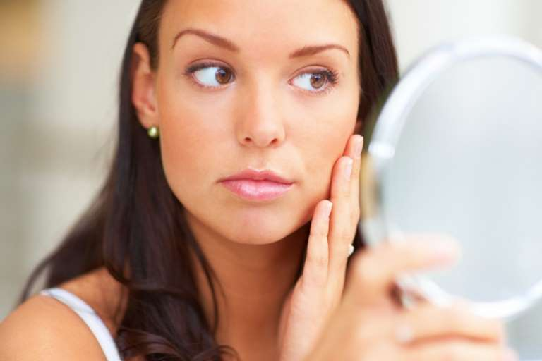 8 Home Remedies For White Spots On Skin